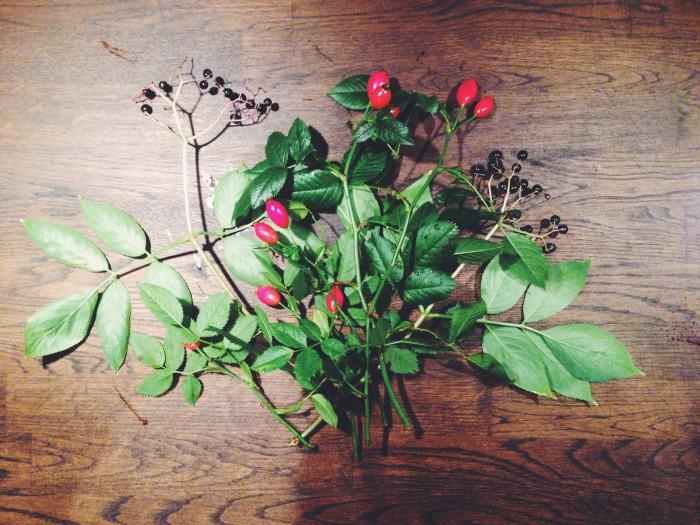blommor nypon host bukett