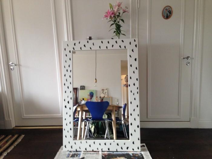 Så målar du om en spegel med mönster 22