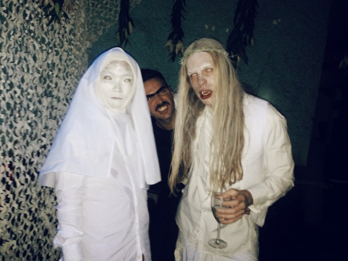 halloween outfit xombie nun, zombie elf legolas