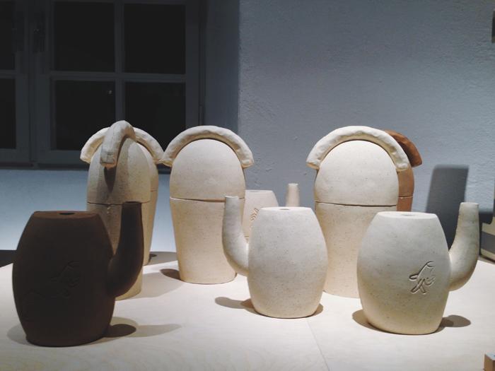 Stina-Lofgren-keramik-utstallning-a-new-layer-ostasiatiska-museet