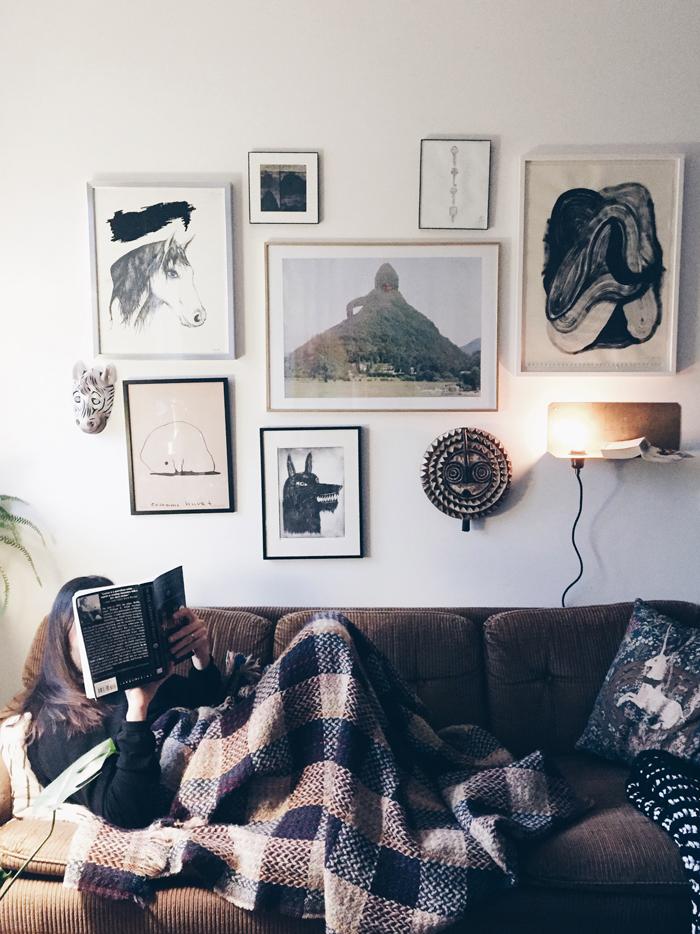 soffa-tavelvagg-waldersten-malin-gabriella-nordin-frama-90-degrees-lamp-jenny-mortsell-