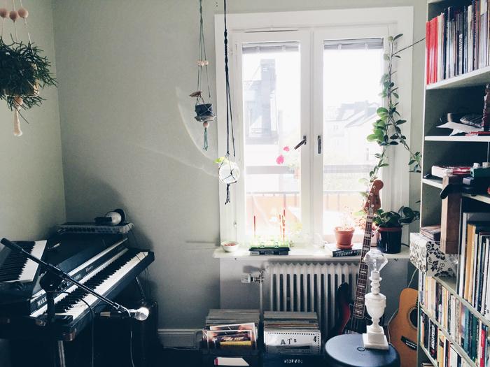 studio-grona-vaggar-ljusgront