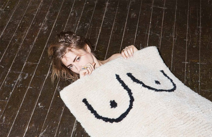 cold picnic breast rug