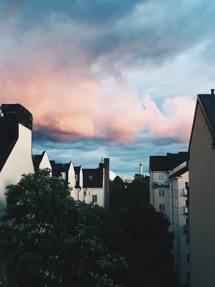 rosa-himmel-over-sodermalm